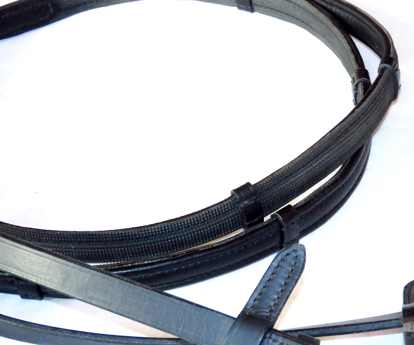 FSS Glisten 2 Row CRYSTAL BLING Inside Grip Half Rubber Lined Dressage Reins NEW